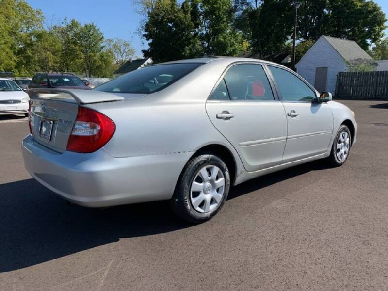 2002 Toyota Camry SE 4dr Sedan - Grand Rapids MI