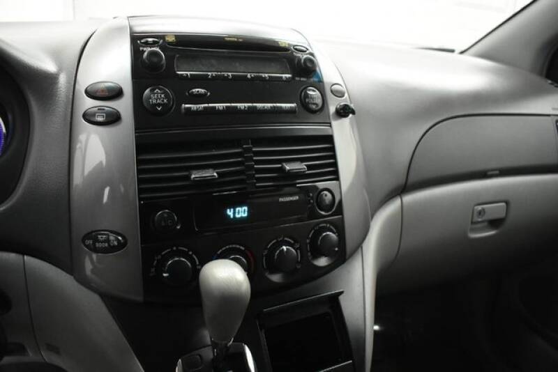 2009 Toyota Sienna LE - Grand Rapids MI