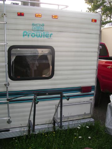 1999 Prowler 824.5 C 5th/wh  - Springville NY