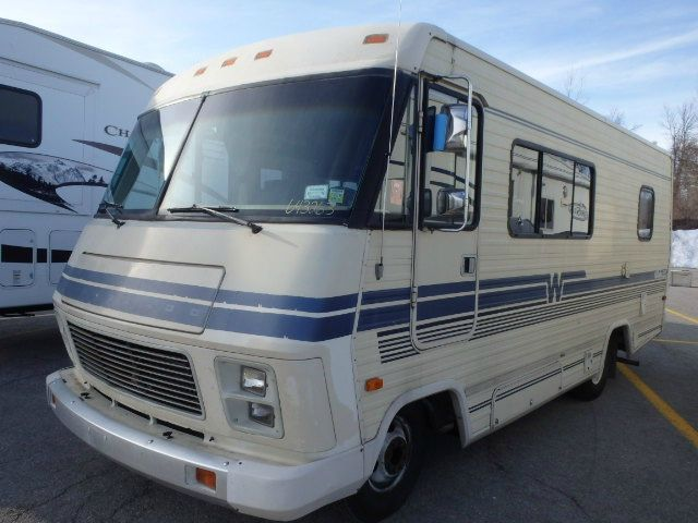 1985 Winnebago Chieftain In Springville NY - Southern Trucks