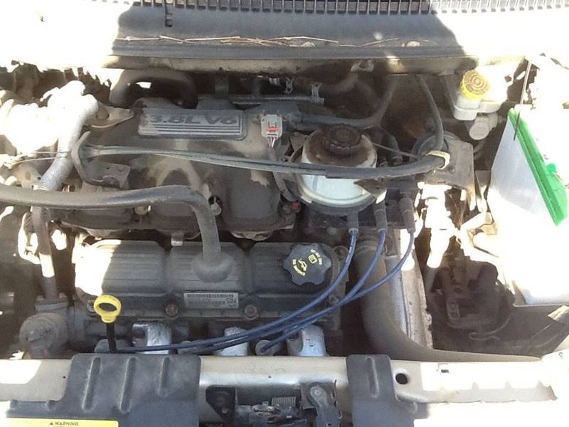 2005 Dodge Grand Caravan SXT 4dr Extended Mini-Van - Sioux Falls SD