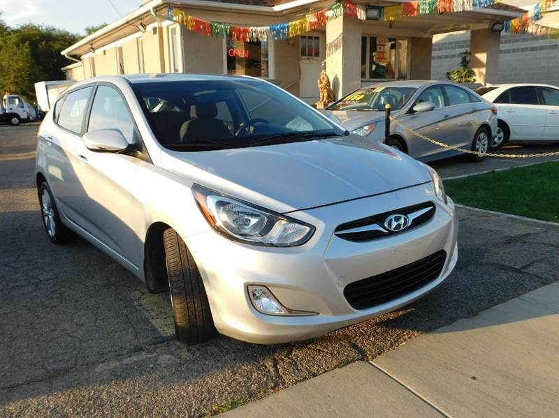 2013 Hyundai Accent for sale at Gold Star Auto Sales in Murry UT