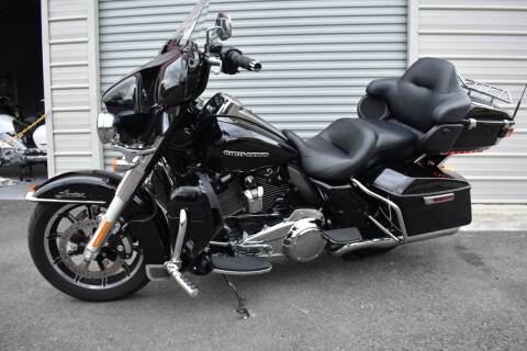 2018 HARLEY DAVIDSON ELECTRA GLIDE FLHTK for sale at Mix Autos in Orlando FL