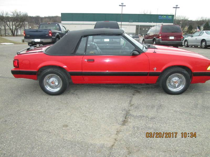 1987 Ford Mustang LX 2dr Convertible - Hutchinson MN