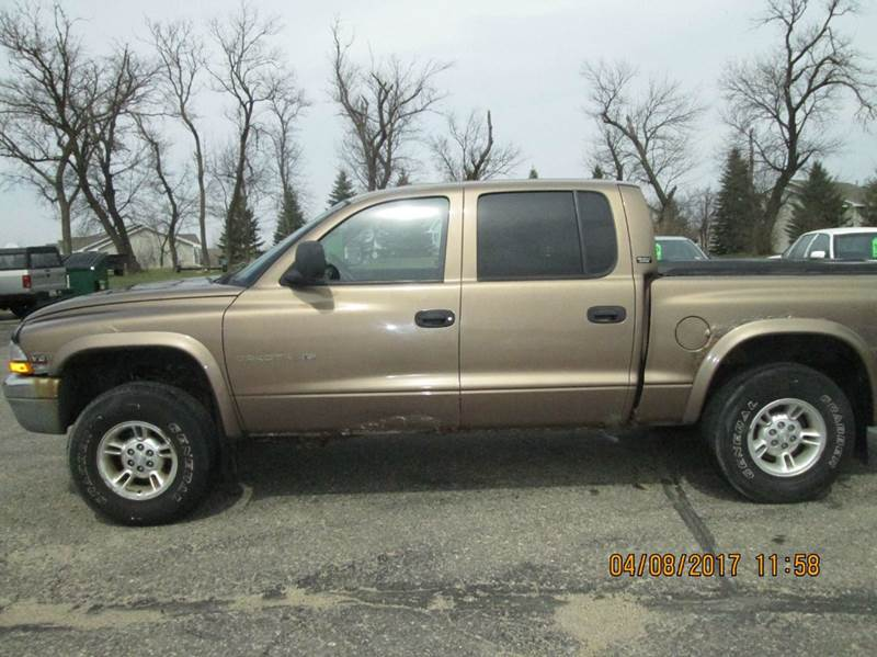 2000 Dodge Dakota 4dr SLT Plus 4WD Crew Cab SB - Hutchinson MN