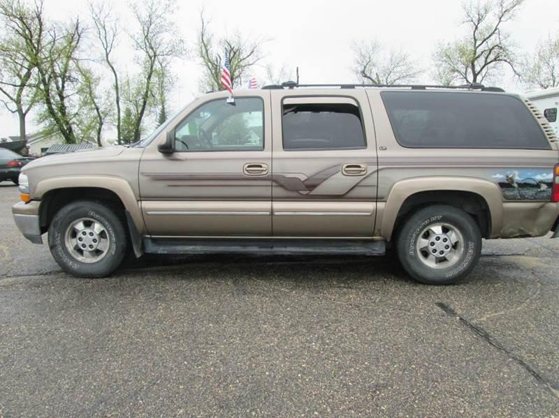 2003 Chevrolet Suburban 1500 LT 4WD 4dr SUV - Hutchinson MN