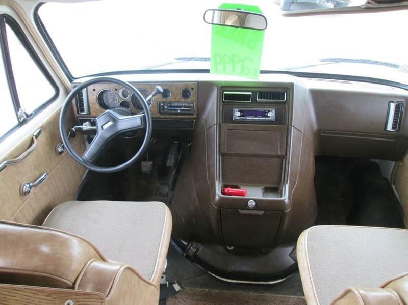1987 Chevrolet R/V 30 Series 2dr R30 Silverado Standard Cab LB - Hutchinson MN