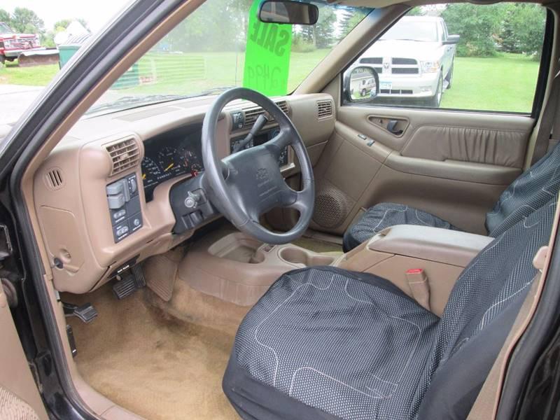1996 Chevrolet Blazer 4dr LT 4WD SUV - Hutchinson MN