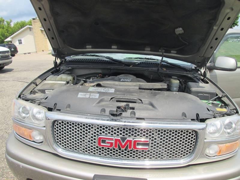 2002 GMC Yukon XL AWD Denali 4dr SUV - Hutchinson MN