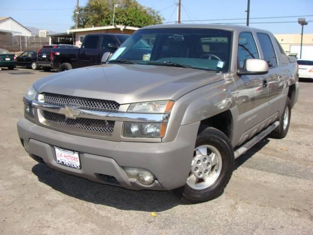 2002 Chevrolet Avalanche 1500 SB 2WD