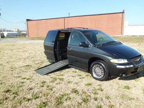 1999 Chrysler Town and Country for sale at Bob Patterson Auto Sales in East Alton IL