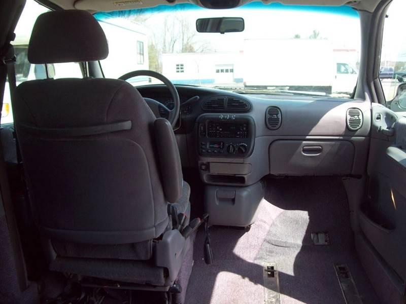 1999 Dodge Grand Caravan 4dr LE Extended Mini-Van - Milford NH