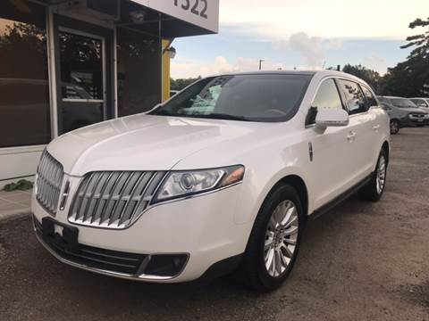 2010 Lincoln MKT for sale in Hopkins, MN