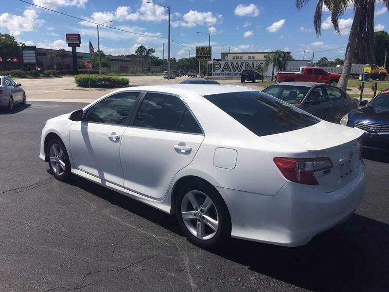 2014 Toyota Camry SE 4dr Sedan - Fort Myers FL
