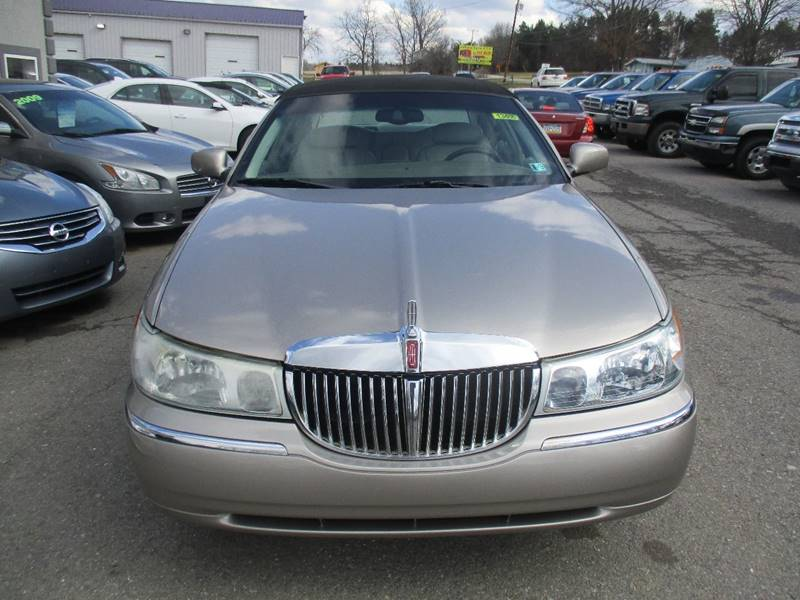 2002 Lincoln Town Car Signature 4dr Sedan In Dubois Pa Royers 219