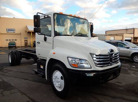 2008 Hino 268 for sale in Hartford, CT
