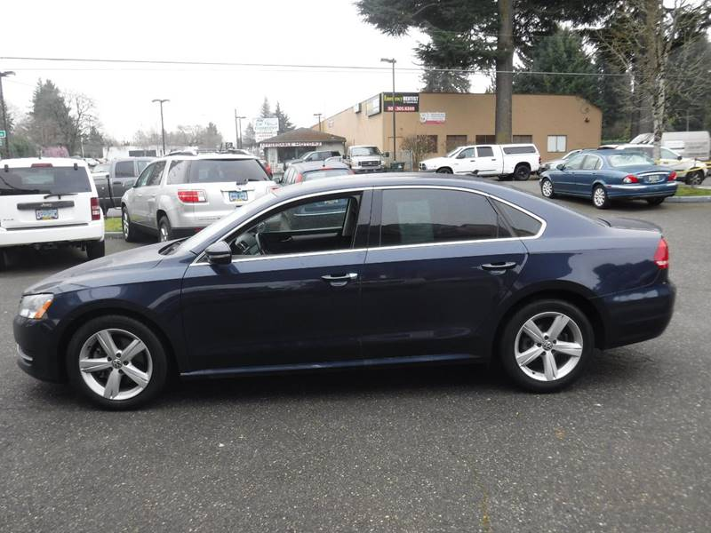 2012 Volkswagen Passat TDI SE 4dr Sedan 6A w/ Sunroof - Milwaukie OR