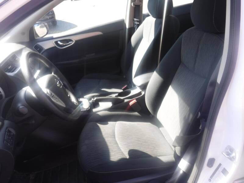 2014 Nissan Sentra SR 4dr Sedan - Milwaukie OR