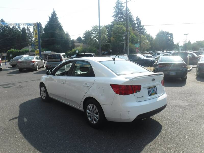 2013 Kia Forte EX 4dr Sedan - Milwaukie OR