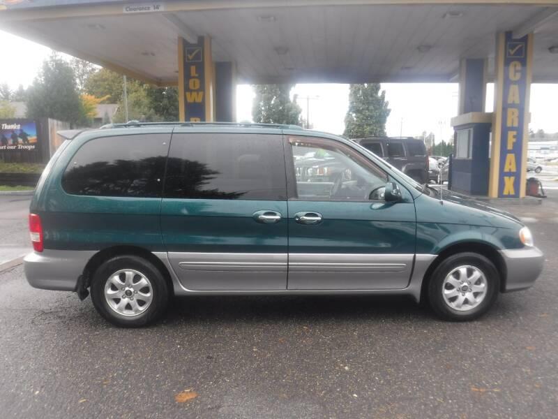 2005 Kia Sedona 4dr EX Mini-Van - Milwaukie OR