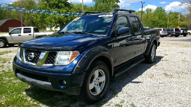 2007 Nissan Frontier LE 4dr Crew Cab 4WD 6.1 Ft. SB   Hubbard OH