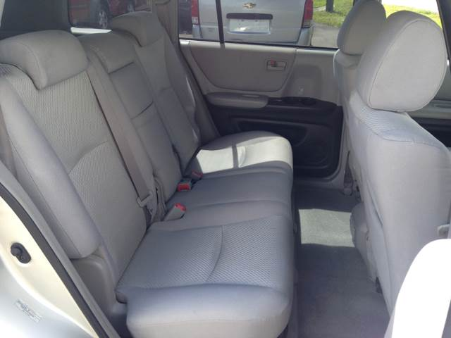 2005 Toyota Highlander Fwd 4dr SUV V6 - Largo FL