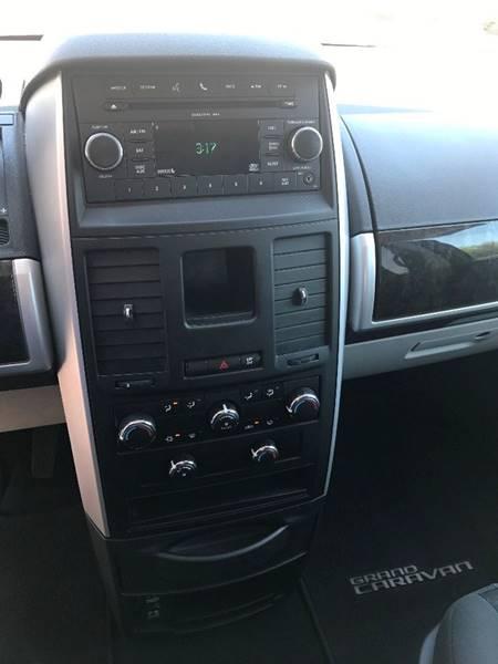 2010 Dodge Grand Caravan SXT 4dr Mini-Van - Nampa ID