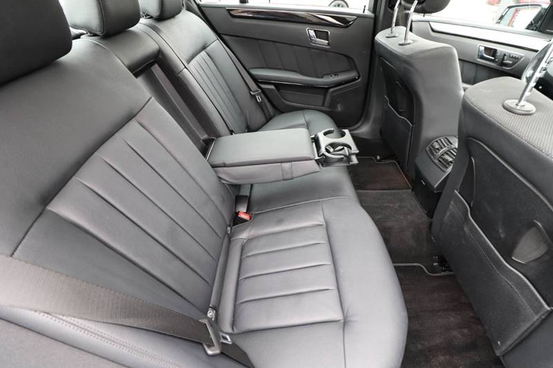 2010 Mercedes-Benz E-Class AWD E 550 Sport 4MATIC 4dr Sedan - Dubuque IA