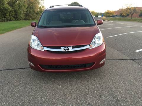 2006 Toyota Sienna for sale at Salama Cars / Blue Tech Motors in South Saint Paul MN