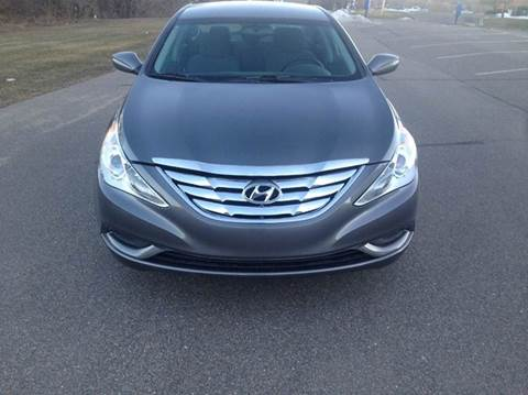2013 Hyundai Sonata for sale at Salama Cars / Blue Tech Motors in South Saint Paul MN