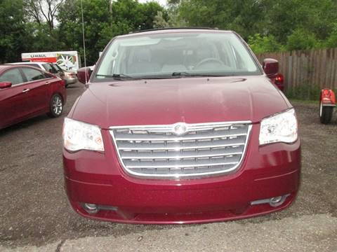 2009 Chrysler Town and Country for sale at Salama Cars / Blue Tech Motors in South Saint Paul MN