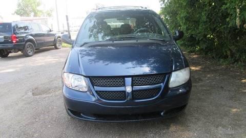2001 Dodge Grand Caravan for sale at Salama Cars / Blue Tech Motors in South Saint Paul MN