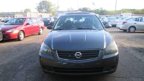 2006 Nissan Altima for sale at Salama Cars / Blue Tech Motors in South Saint Paul MN