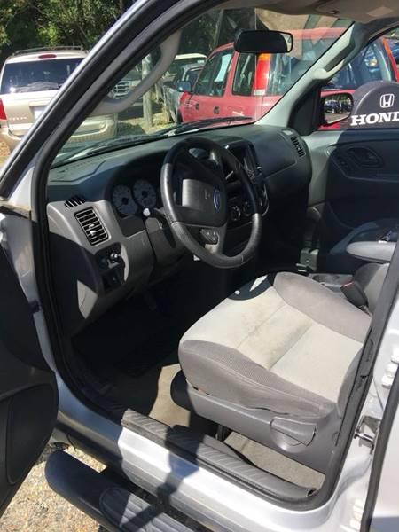 2004 Ford Escape XLS 4WD 4dr SUV - Fredericksburg VA