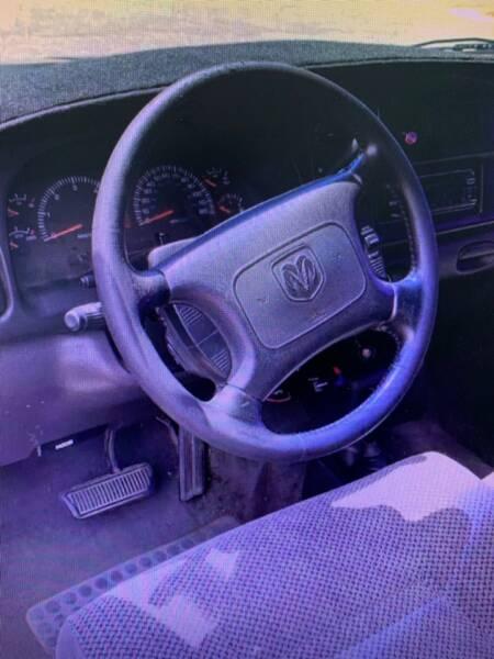 2001 Dodge Ram Pickup 1500 4dr Quad Cab SLT 4WD LB - Fredericksburg VA