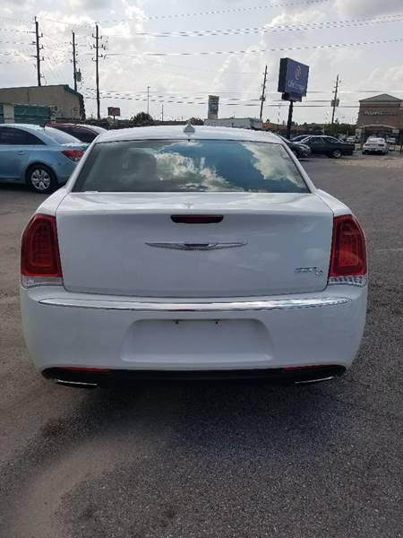 2016 Chrysler 300 C 4dr Sedan - Houston TX