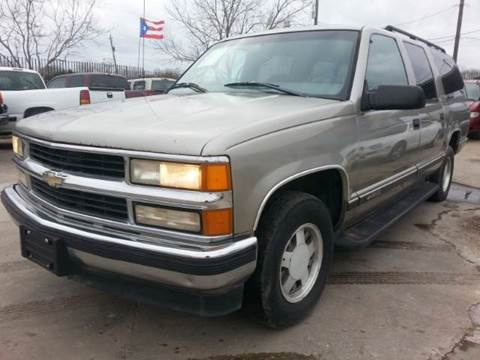 1999 Chevrolet Suburban for sale at Ody's Autos in Houston TX