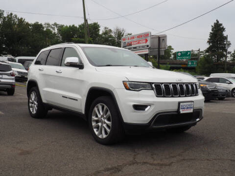 2017 Jeep Grand Cherokee for sale at MAPLECREST FORD LINCOLN USED CARS in Vauxhall NJ