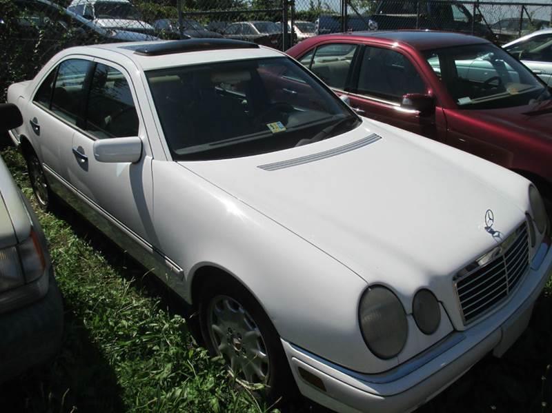 Mercedes-Benz E-Class 1997 E 320 4dr Sedan