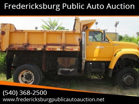 1998 Ford F Series Dump Truck for sale in Fredericksburg, VA