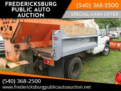 2002 GMC 3500 Plow & Spreader Truck for sale at FPAA in Fredericksburg VA