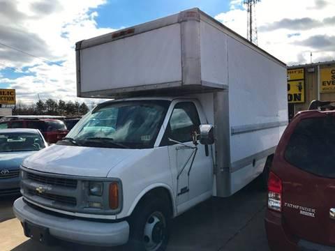 1999 gmc 3500 box truck specs