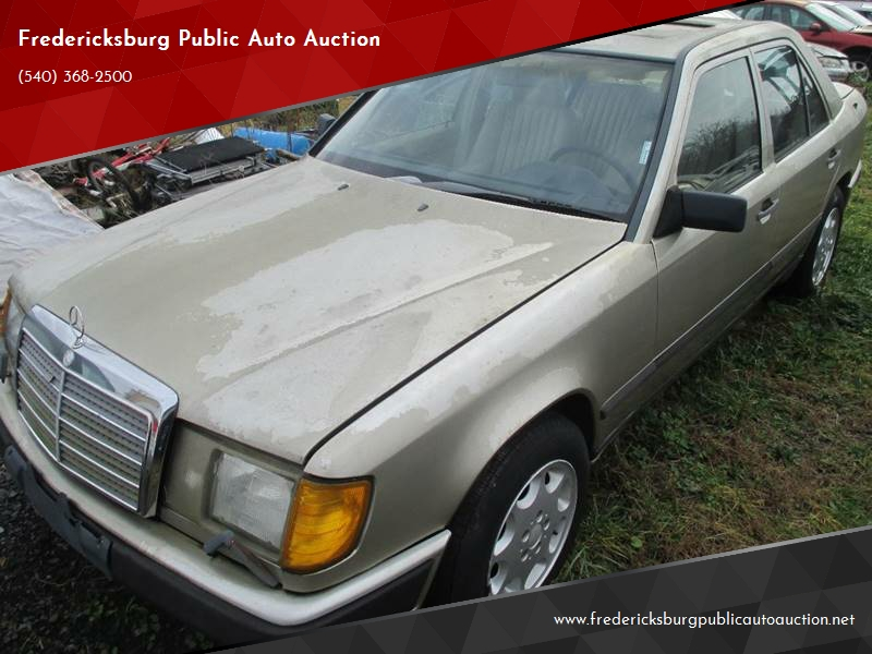 1988 Mercedes Benz 300 Class For Sale At Fredericksburg Public Auto Auction  In Fredericksburg