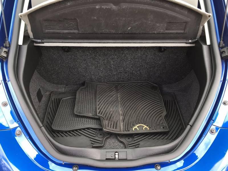 2007 Volkswagen New Beetle 2.5 PZEV 2dr Hatchback (2.5L I5 5M) - Griswold CT