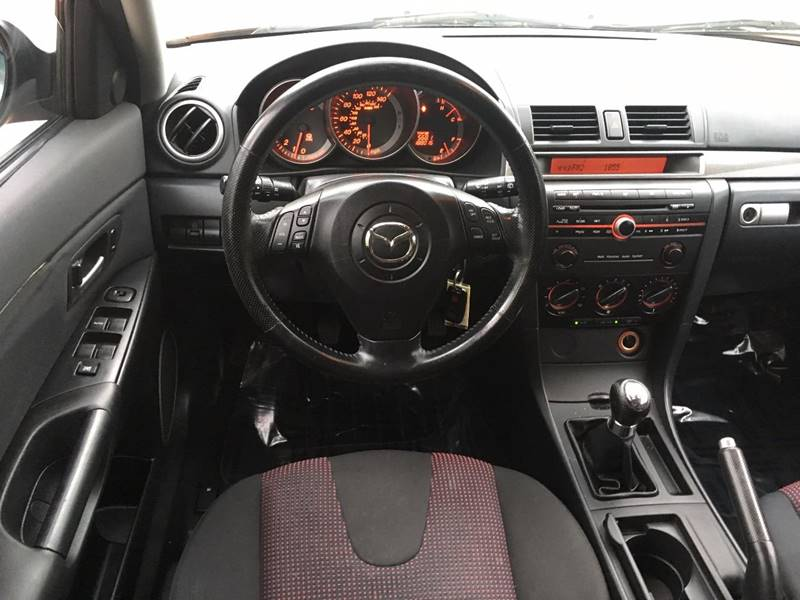2004 Mazda MAZDA3 s 4dr Wagon - Griswold CT