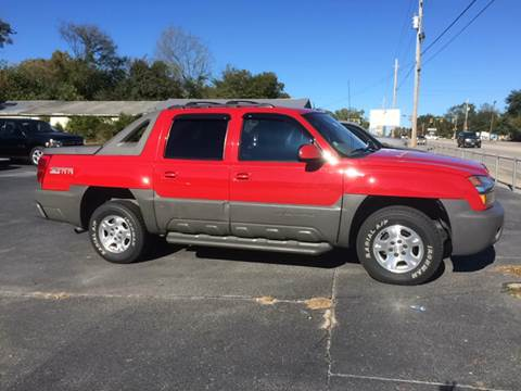 2002 Chevrolet Avalanche for sale at Mac's Auto Sales in Camden SC