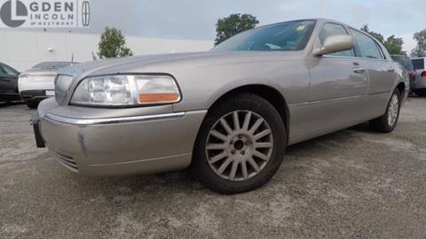2003 Lincoln Town Car for sale in Westmont, IL