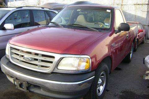 2000 Ford F-150 for sale at WEST END AUTO INC in Chicago IL