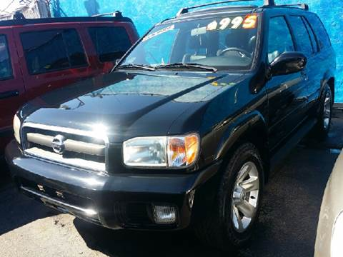 2002 Nissan Pathfinder for sale at WEST END AUTO INC in Chicago IL