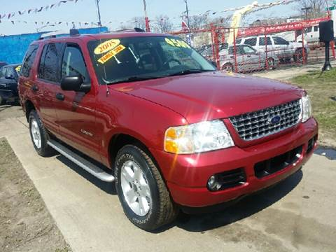 2005 Ford Explorer for sale at WEST END AUTO INC in Chicago IL